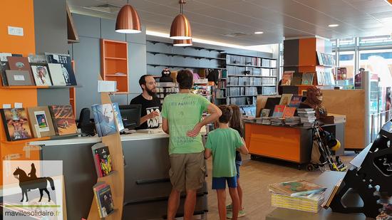 La Roche Sur Yon Les Halles La Librairie 85 000 S Installe Dans Ses Nouveaux Locaux Ma Ville Solidaire