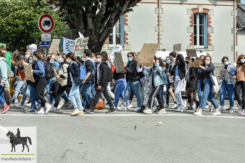 jeune gay rencontre à La Roche sur Yon