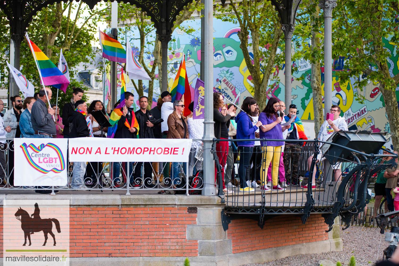 lieu de rencontre gay lyon a La Roche-sur-Yon