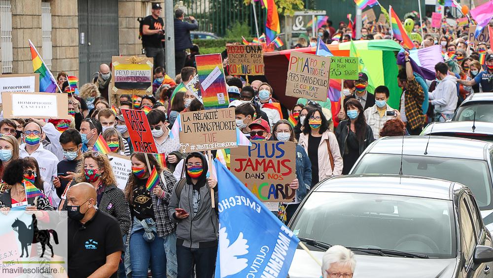 gay mur rencontre à La Roche-sur-Yon