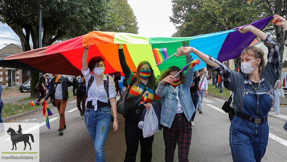 gay paris rencontre à La Roche-sur-Yon